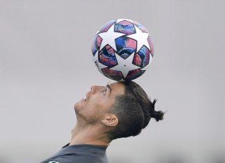 Bintang Juventus, Cristiano Ronaldo dikabarkan diincar Chelsea pada bursa transfer musim panas 2020 (Foto: Twitter/@Cristiano)